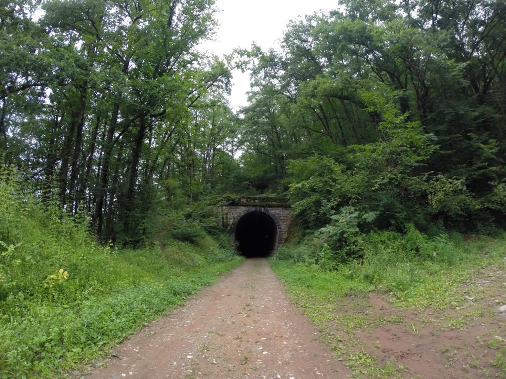 Etape 10 : Tunnel ancienne voie ferré